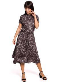 MOE - Rozkloszowana Midi Sukienka we Wzory - Szara. Kolor: szary. Materiał: bawełna, poliester, elastan. Długość: midi