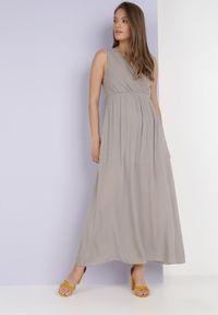 Born2be - Beżowa Sukienka Phridoe. Kolor: beżowy