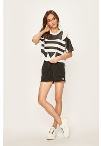 Czarne szorty adidas Originals casualowe, na co dzień