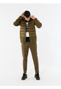 outhorn - Kurtka trekkingowa męska. Typ kołnierza: kołnierzyk stójkowy. Materiał: puch, poliester, syntetyk. Sport: turystyka piesza