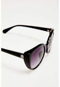 Czarne okulary przeciwsłoneczne MOODO w gradientowe wzory