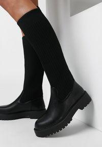 Born2be - Czarne Kozaki Kalasia. Wysokość cholewki: przed kolano. Zapięcie: bez zapięcia. Kolor: czarny. Materiał: futro, materiał, prążkowany. Szerokość cholewki: normalna. Wzór: aplikacja. Obcas: na obcasie