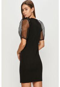 Czarna sukienka Jacqueline de Yong prosta, casualowa