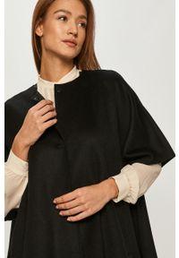 Czarny płaszcz TwinSet bez kaptura, klasyczny