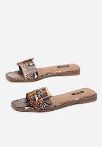 Renee - Wężowe Klapki Sylimine. Nosek buta: otwarty. Kolor: czarny. Wzór: gładki. Obcas: na obcasie. Styl: elegancki. Wysokość obcasa: niski