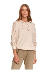 TOP SECRET - Luźny sweter damski z kapturem. Typ kołnierza: kaptur. Kolor: beżowy. Materiał: tkanina. Długość rękawa: długi rękaw. Długość: długie