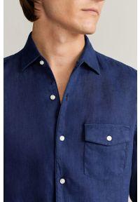 Niebieska koszula Mango Man długa, casualowa, z klasycznym kołnierzykiem, na co dzień