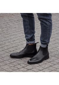 Czarne buty zimowe vagabond klasyczne, z cholewką