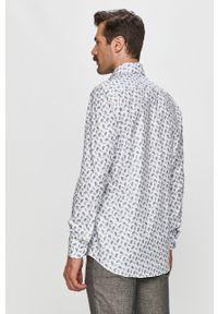 Biała koszula Emanuel Berg z klasycznym kołnierzykiem, casualowa, długa