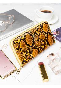 Żółty portfel MILANO DESIGN w kolorowe wzory
