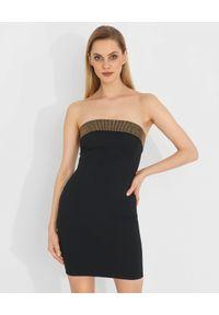 Pinko - PINKO - Czarna mini sukienka z kryształami Ovvio. Kolor: czarny. Materiał: wiskoza. Wzór: aplikacja. Typ sukienki: proste, z odkrytymi ramionami, dopasowane. Styl: glamour. Długość: mini