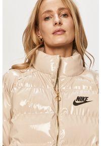 Nike Sportswear - Kurtka. Okazja: na co dzień. Kolor: beżowy. Styl: casual