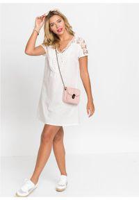 Sukienka z koronką bonprix biały. Typ kołnierza: dekolt w serek. Kolor: biały. Materiał: koronka. Wzór: koronka. Długość: mini