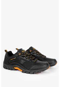 Badoxx - Czarne buty trekkingowe sznurowane badoxx mxc8229/c. Kolor: wielokolorowy, brązowy, czarny