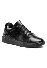 Nessi - Sneakersy NESSI - 21027 Czarny Coco. Okazja: na co dzień. Kolor: czarny. Materiał: skóra. Wzór: aplikacja. Sezon: lato. Styl: elegancki, sportowy, casual