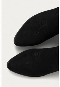 Answear Lab - Answear - Kowbojki Bellucci. Kolor: czarny. Materiał: guma. Obcas: na obcasie. Wysokość obcasa: średni