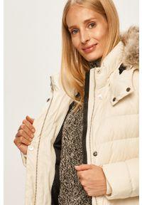 Kremowa kurtka Calvin Klein z kapturem