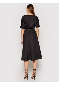 Imperial Sukienka codzienna ABTWBGV Czarny Regular Fit. Okazja: na co dzień. Kolor: czarny. Typ sukienki: proste. Styl: casual