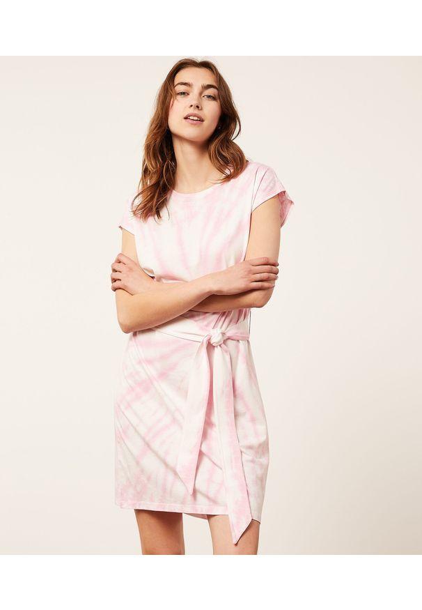 Fasil Koszula Nocna Z Nadrukiem Tie Dye - S - Fuksja - Etam. Kolor: różowy. Wzór: nadruk