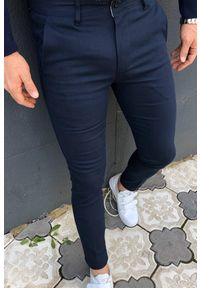 IVET - Spodnie męskie SERGIO. Okazja: na co dzień. Kolor: niebieski. Materiał: materiał. Styl: casual, elegancki