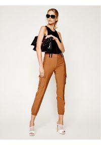 Brązowe spodnie materiałowe Silvian Heach