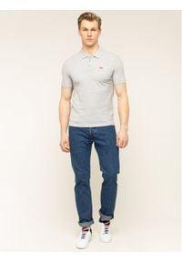 Levi's® Polo 22401-0002 Szary Regular Fit. Typ kołnierza: polo. Kolor: szary