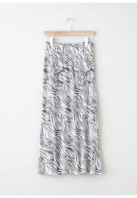 Biała spódnica bonprix w paski