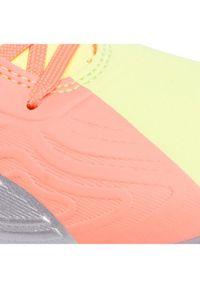 Różowe buty do piłki nożnej Puma
