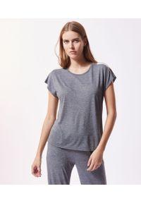 Szara piżama Etam z aplikacjami, krótka
