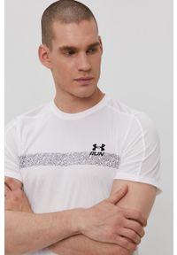 Under Armour - T-shirt. Okazja: na co dzień. Kolor: biały. Materiał: dzianina. Wzór: nadruk. Styl: casual