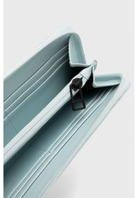 Rains - Portfel 1626 Wallet. Kolor: niebieski. Materiał: materiał. Wzór: gładki