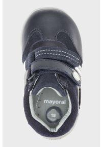 Niebieskie buty sportowe Mayoral na rzepy, z cholewką, z okrągłym noskiem
