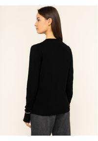 Czarny sweter klasyczny Calvin Klein