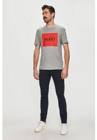 Szary t-shirt Hugo casualowy, na co dzień, z nadrukiem