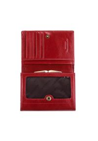 Wittchen - Damski portfel ze skory z herbem na napę. Kolor: czerwony. Materiał: skóra