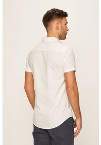 Biała koszula Blend z klasycznym kołnierzykiem, casualowa