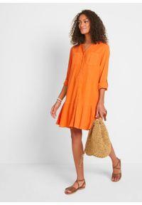 Sukienka kreszowana bonprix czerwono-pomarańczowy. Kolor: pomarańczowy