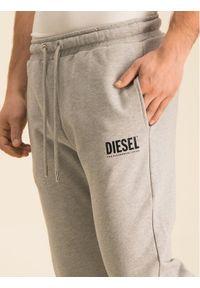 Szare spodnie dresowe Diesel