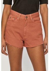 Dr. Denim - Szorty jeansowe. Okazja: na co dzień. Stan: podwyższony. Kolor: różowy. Materiał: jeans, denim. Styl: casual