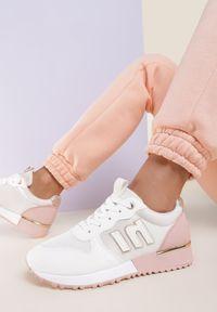 Renee - Biało-Różowe Sneakersy Orsea. Kolor: biały. Materiał: nubuk, syntetyk