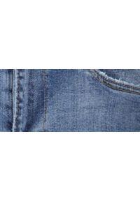 Niebieskie spodnie TOP SECRET na lato, casualowe, na co dzień