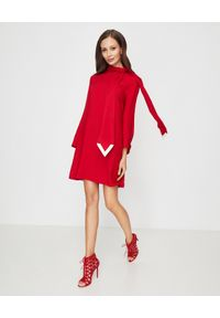 AQUAZZURA - Czerwone botki na obcasie Graphiste. Kolor: czerwony. Materiał: jeans, zamsz. Wzór: geometria. Obcas: na obcasie. Styl: klasyczny. Wysokość obcasa: wysoki