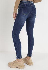 Born2be - Niebieskie Jeansy Skinny Desaphine. Kolor: niebieski. Długość: długie. Wzór: aplikacja. Styl: elegancki