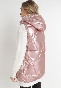 Born2be - Różowa Kamizelka Thelane. Typ kołnierza: kaptur. Kolor: różowy. Materiał: tkanina, poliester