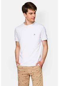 Lancerto - Koszulka Biała 2 Daniel. Okazja: na co dzień. Kolor: biały. Materiał: włókno, materiał, bawełna. Wzór: aplikacja. Sezon: lato, jesień, wiosna, zima. Styl: klasyczny, casual