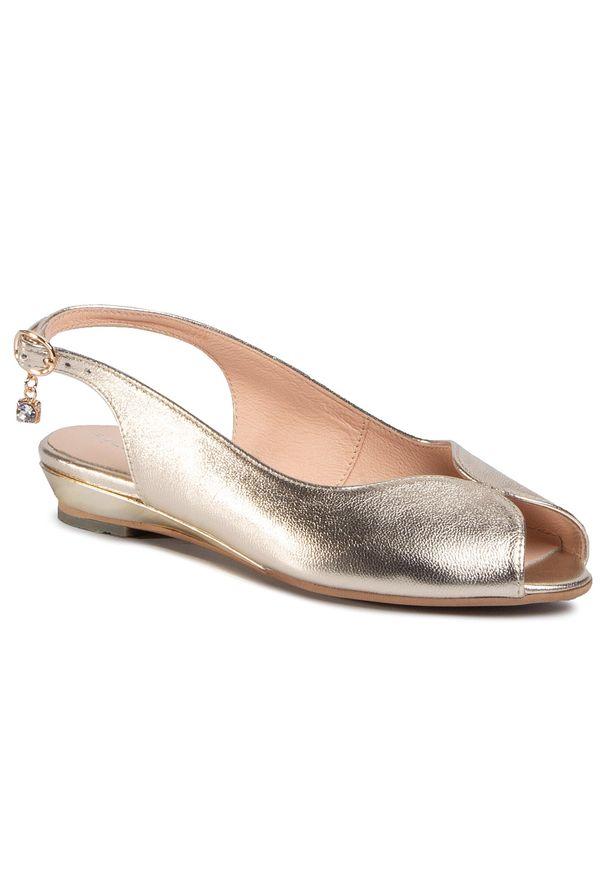 Złote sandały Baldaccini casualowe, na co dzień, z aplikacjami