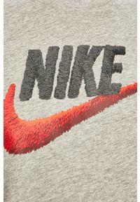 Szary t-shirt Nike Sportswear casualowy, z nadrukiem, na co dzień