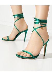 ALEXANDRE VAUTHIER - Zielone sandały na szpilce Amina. Zapięcie: pasek. Kolor: zielony. Materiał: satyna. Wzór: paski, aplikacja. Obcas: na szpilce. Styl: elegancki