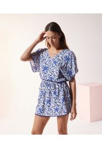 Niebieska piżama Etam w kwiaty, krótka