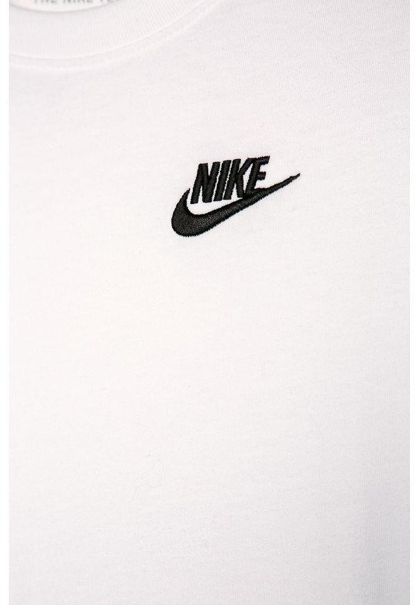Biały t-shirt Nike Kids z okrągłym kołnierzem, casualowy, na co dzień